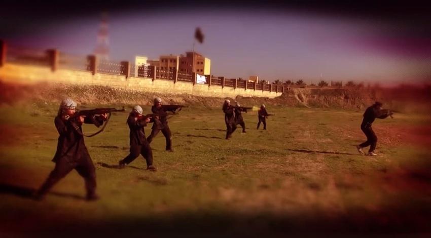 Bambini soldato nel campo di addestramento dell'Isis (You Tube)